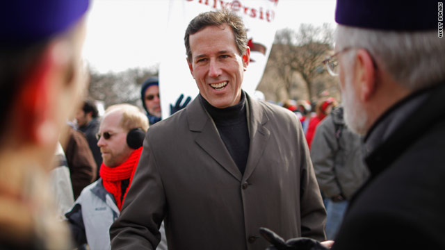 Santorum makes hire, heads back to Iowa