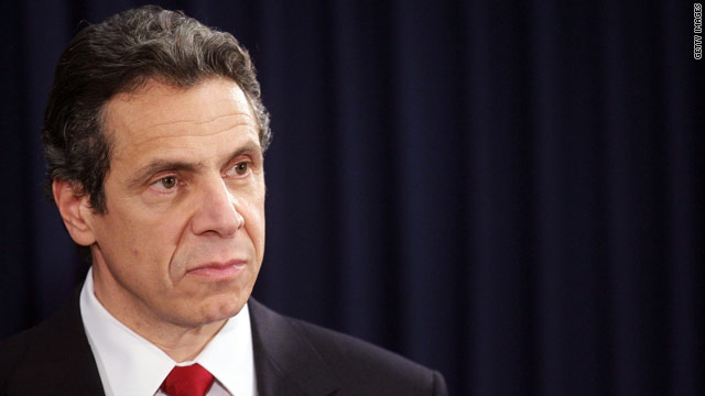 Poll: Bipartisan support for Cuomo
