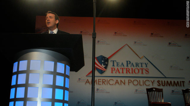 Pawlenty continues stepped-up political attacks, appeals to Tea Party crowd