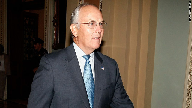Hill Hallways: Larry Craig on the subway
