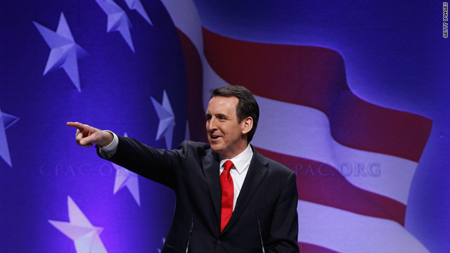 With an eye on 2012, Pawlenty praises tea party