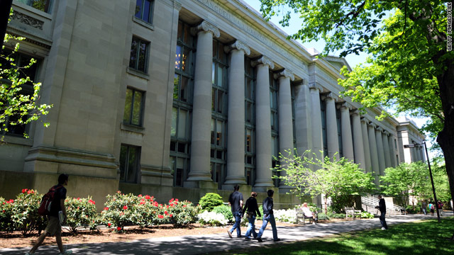 After ban, Harvard to allow ROTC back on campus