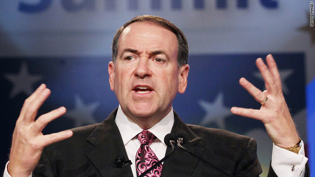Huckabee team defends 'madrassas' comment