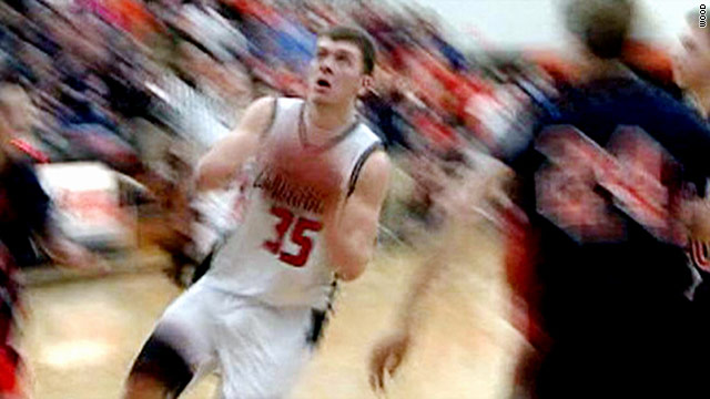 Teen hits game-winning shot, dies