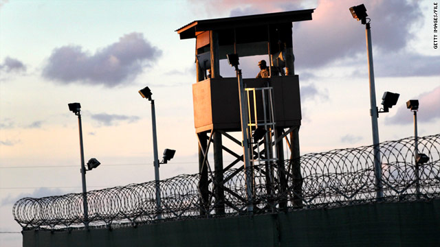 U.S. to resume military prosecutions of Gitmo detainees