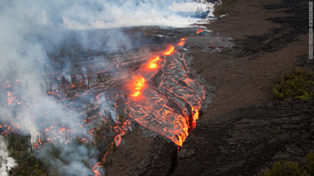 Hawaii wary of harmful vog from erupting volcano