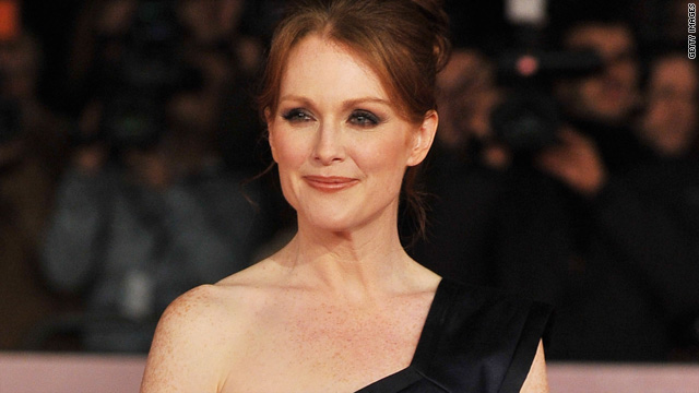 Julianne Moore to play Sarah Palin in HBO's 'Game Change'