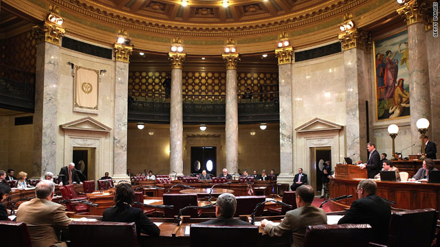 Wisconsin state Senate passes restrictions on collective bargaining