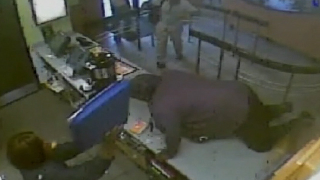 Gotta Watch: Burger brawls, dumb robber; monkey waiters