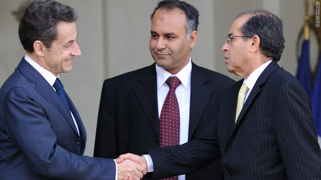 Sarkozy's gamble in recognizing the Libyan opposition