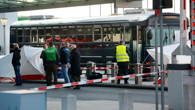 Report: U.S. stops using school buses after Frankfurt shootings