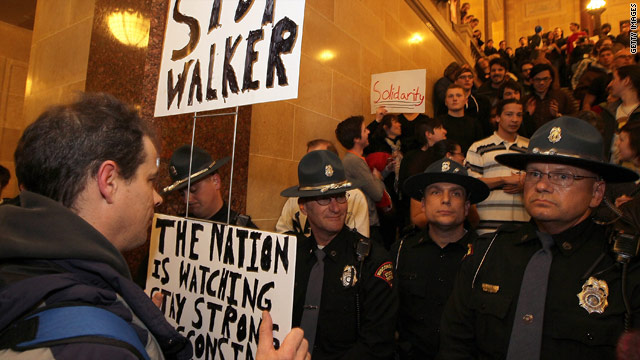 Tensions between police, protesters reach boiling point outside Wisconsin capitol