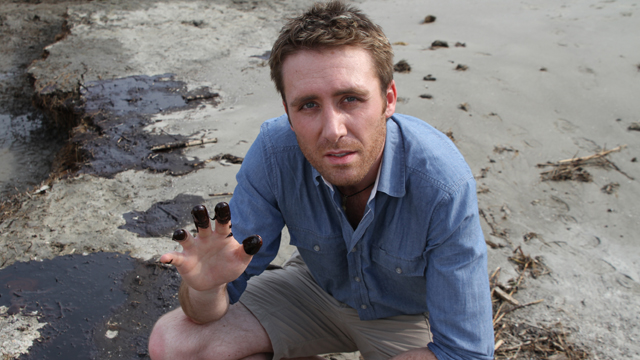 Philippe Cousteau to host CNN's Going Green series