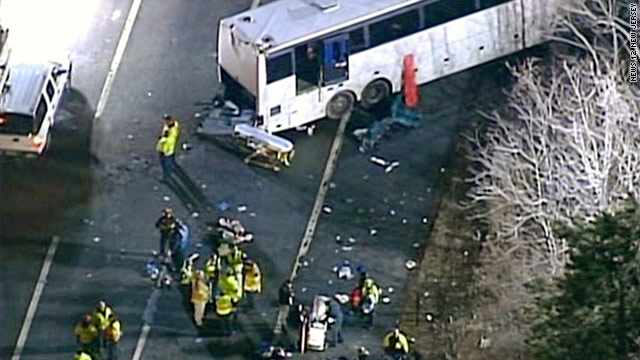 Bus accident kills 2, injures 42 in New Jersey