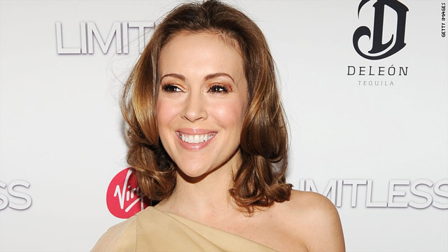 Alyssa Milano: I'm having a boy!