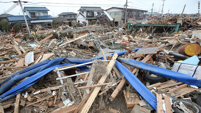 Update: Quake survivor in Sendai gets help from unusual sources