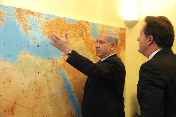Prime Minister Benjamin Netanyahu of Israel meets with Piers Morgan(Getty)