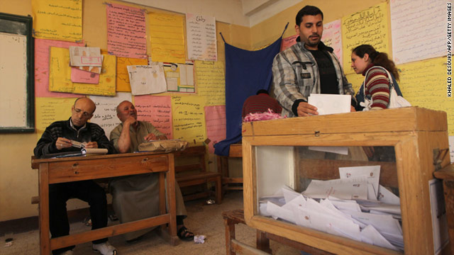 Egyptians approve constitutional changes