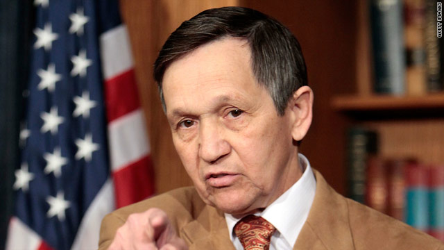 Kucinich talks impeachment, threatens military funding for Libya