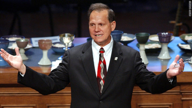 '10 commandments judge' Roy Moore poised to return to Alabama Supreme Court