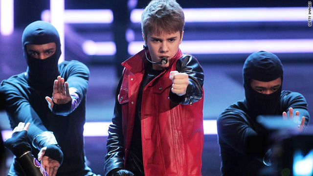 Poll shows some think Bieber's headed for rehab