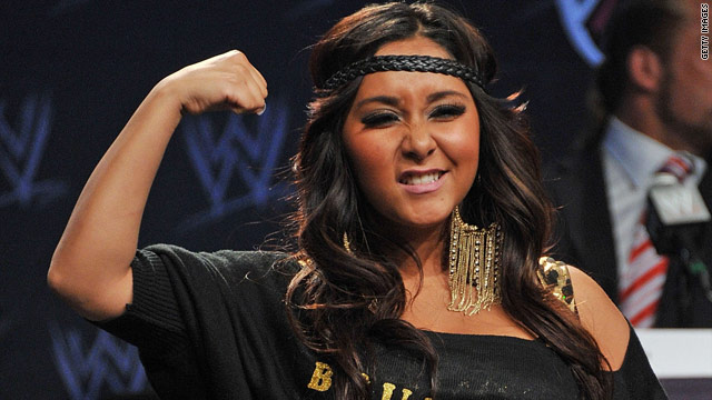 Snooki preps for WrestleMania ring