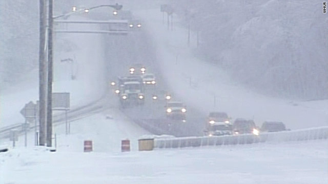 Northeast snowstorm leaves tens of thousands without power