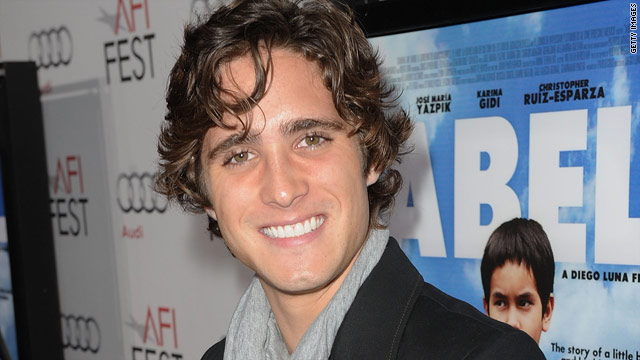 'Rock of Ages' movie finds its leading man