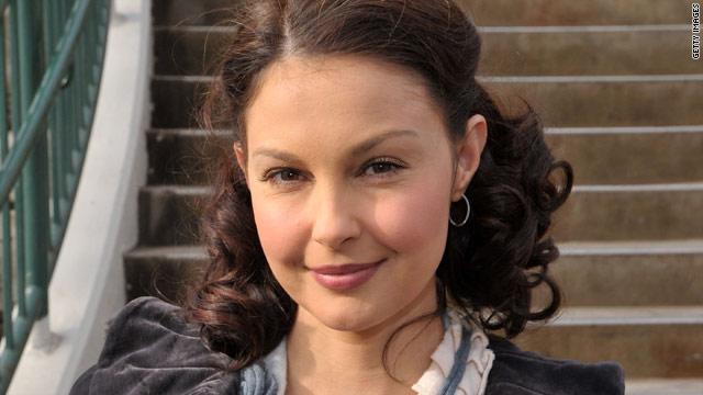 Ashley Judd apologizes for hip-hop remarks
