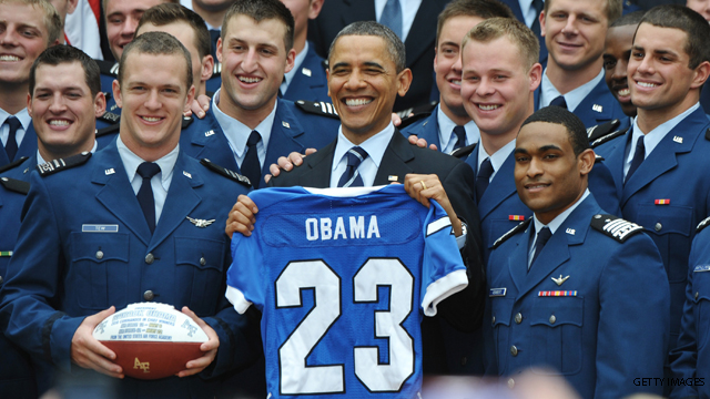 Obama honors Air Force Falcons