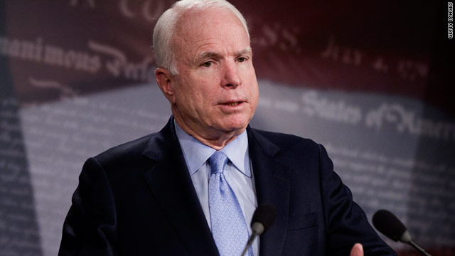 John McCain travels to Libya to meet with rebel forces