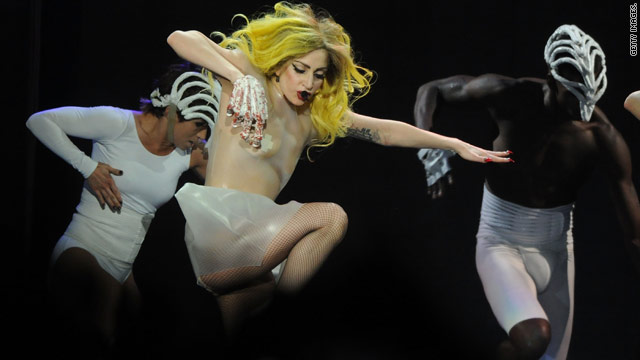 Lady Gaga says she feels like a loser