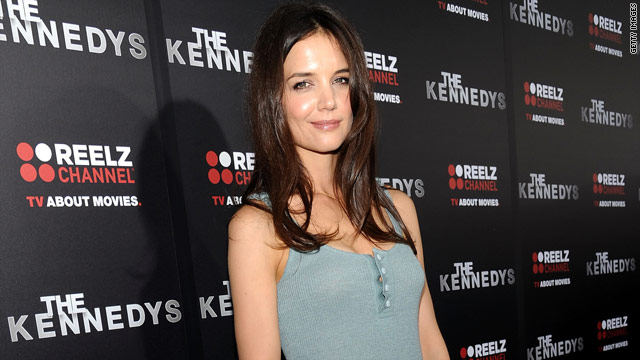 Katie Holmes settles with Star Magazine