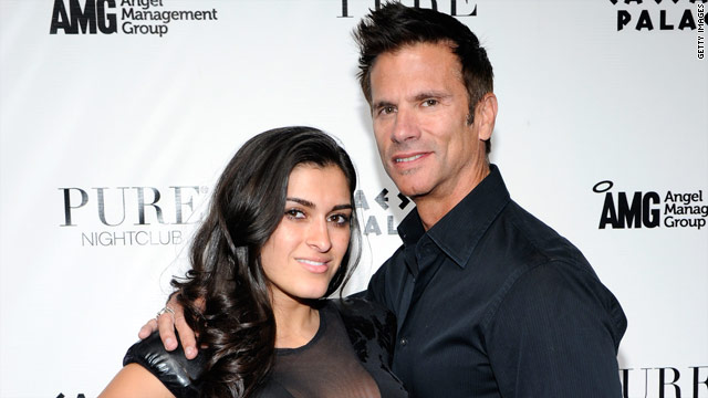 Lorenzo Lamas is a married man...again