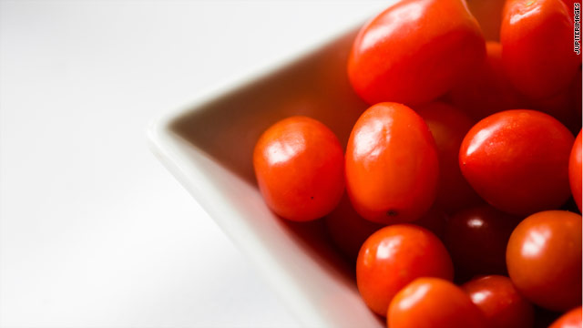 Tomato recall! Tomato recall! Tomato recall!