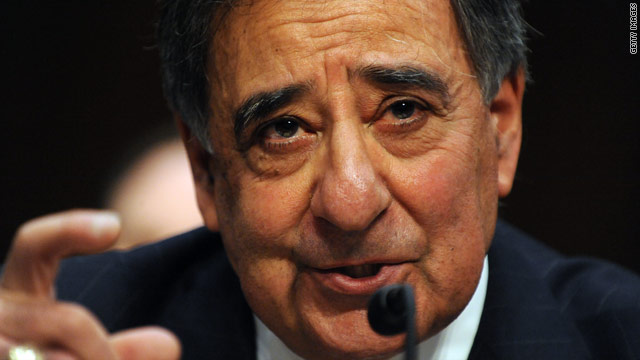 Panetta makes first comments on Petraeus&#039; affair