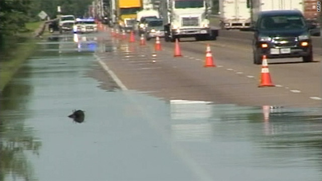 Flooding closes I-40 in Arkansas