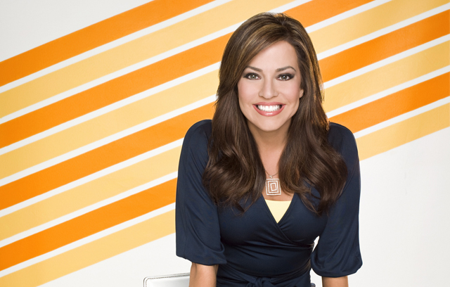 "HLN Anchor Robin Meade to Co-Host ""Music Builds: The CMT ..."