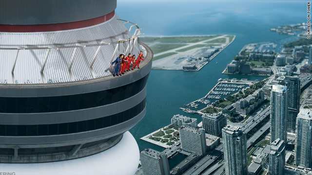 Dangle off Canada's tallest building for $175