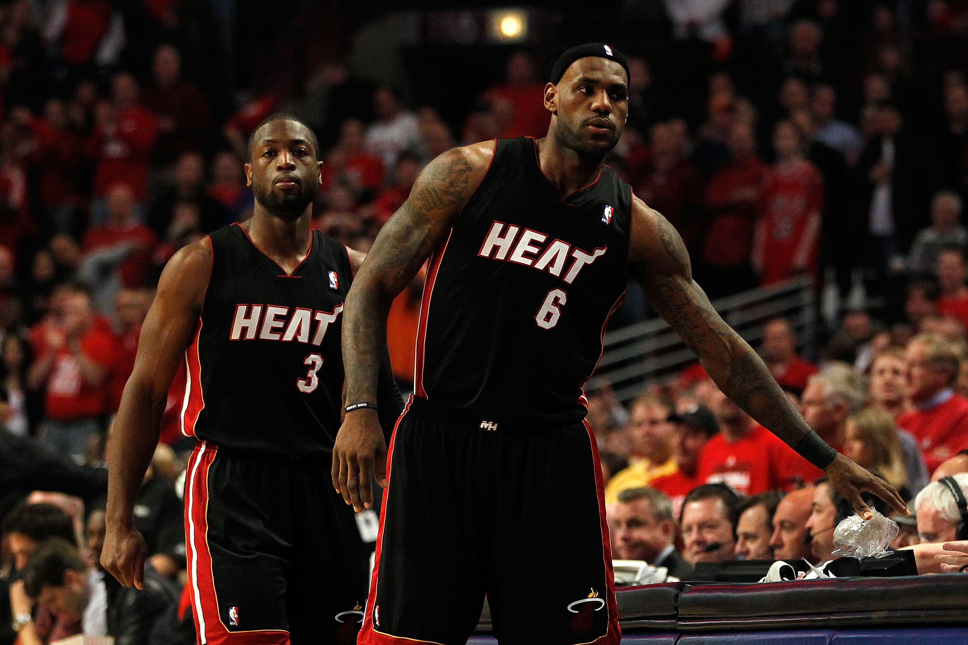 SI.com: Embarrassing performance for James, Wade