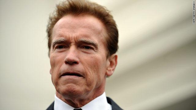 Schwarzenegger admite haber tenido un hijo fuera del matrimonio