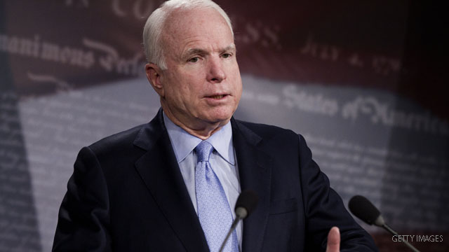 McCain 'disappointed' in candidates who back waterboarding