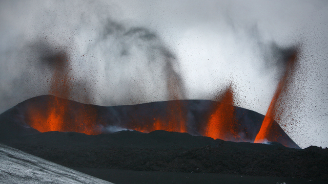 Gotta Watch: When volcanoes erupt