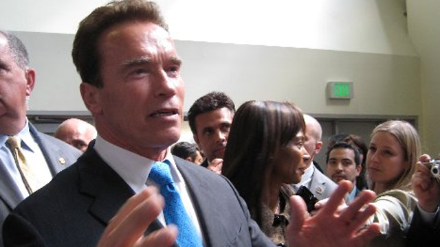 Gotta Watch: Comics take on Arnold