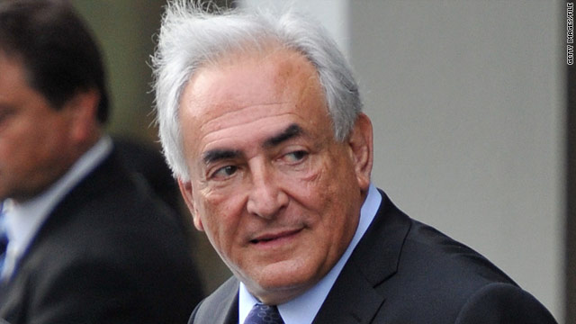 New York jury indicts Strauss-Kahn on seven counts; court grants bail