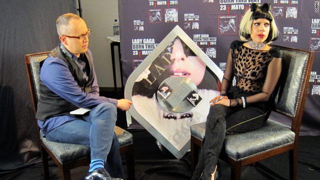 Stefani y Lady Gaga: la misma moneda, la misma cara
