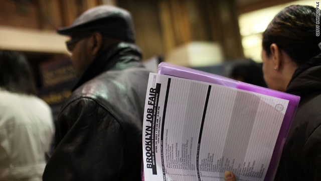 First-time jobless benefit claims decline again