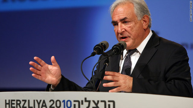 Strauss-Kahn arrest rattles French, American Jewish communities