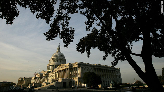Senate agrees to take up extending Patriot Act provisions