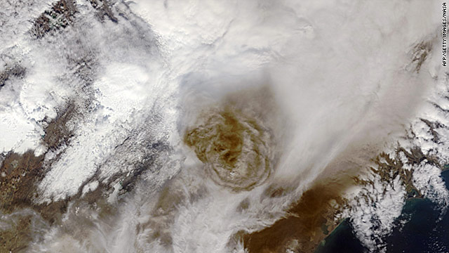 On the Radar: Volcanic ash spreads; new tornado threat; Netanyahu address